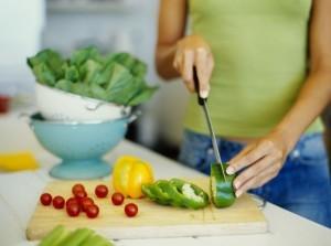 Come pulire le verdure a foglia verde per uso culinario