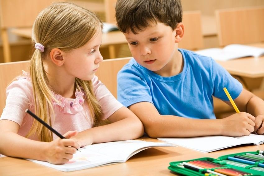 Scuola, i ragazzi si svegliano troppo presto: nuovo studio
