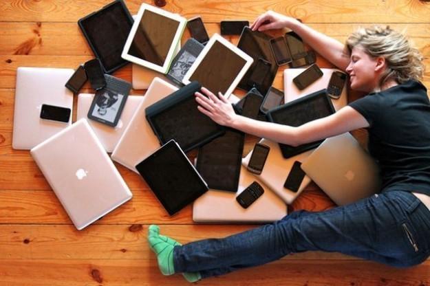 L'uso eccessivo dello smartphone danneggia la coppia: è il phubbing